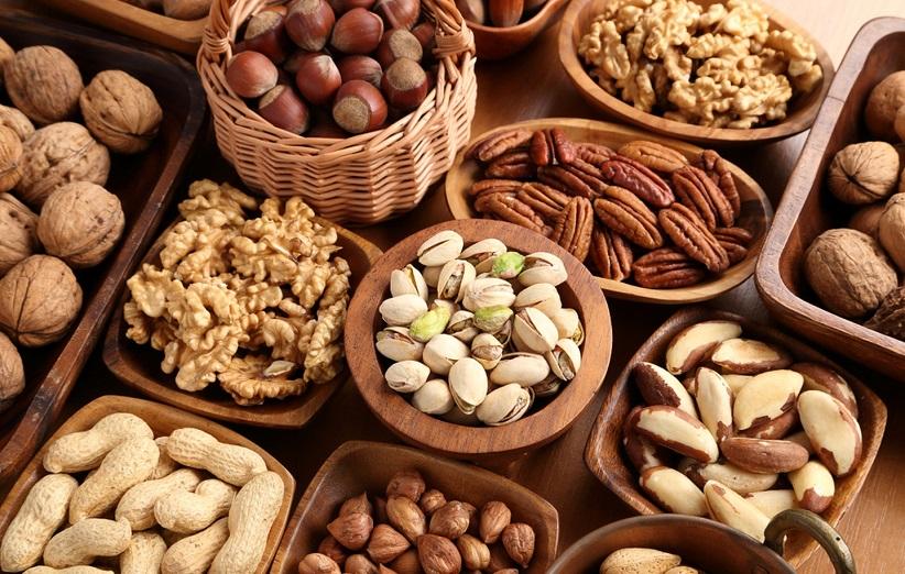 خصائص المكسرات والمواد الغذائية