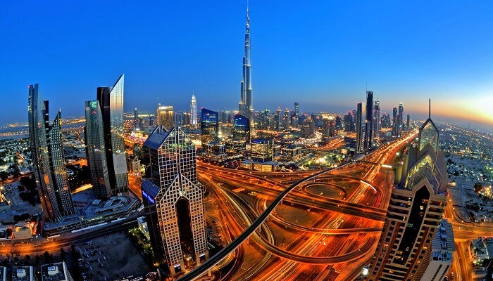 التجول في دبي