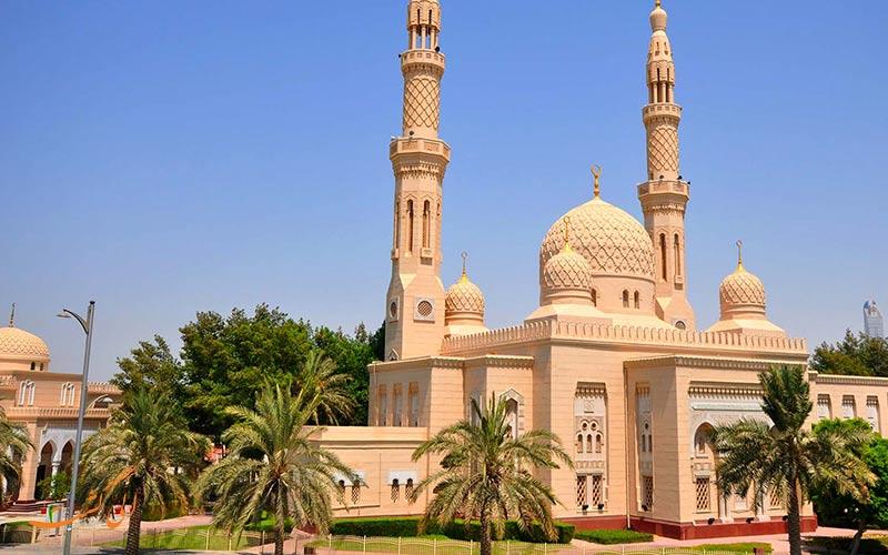 الوصول إلى مسجد جميرا في دبي