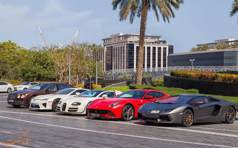 أنواع مختلفة من تأجير السيارات في دبي