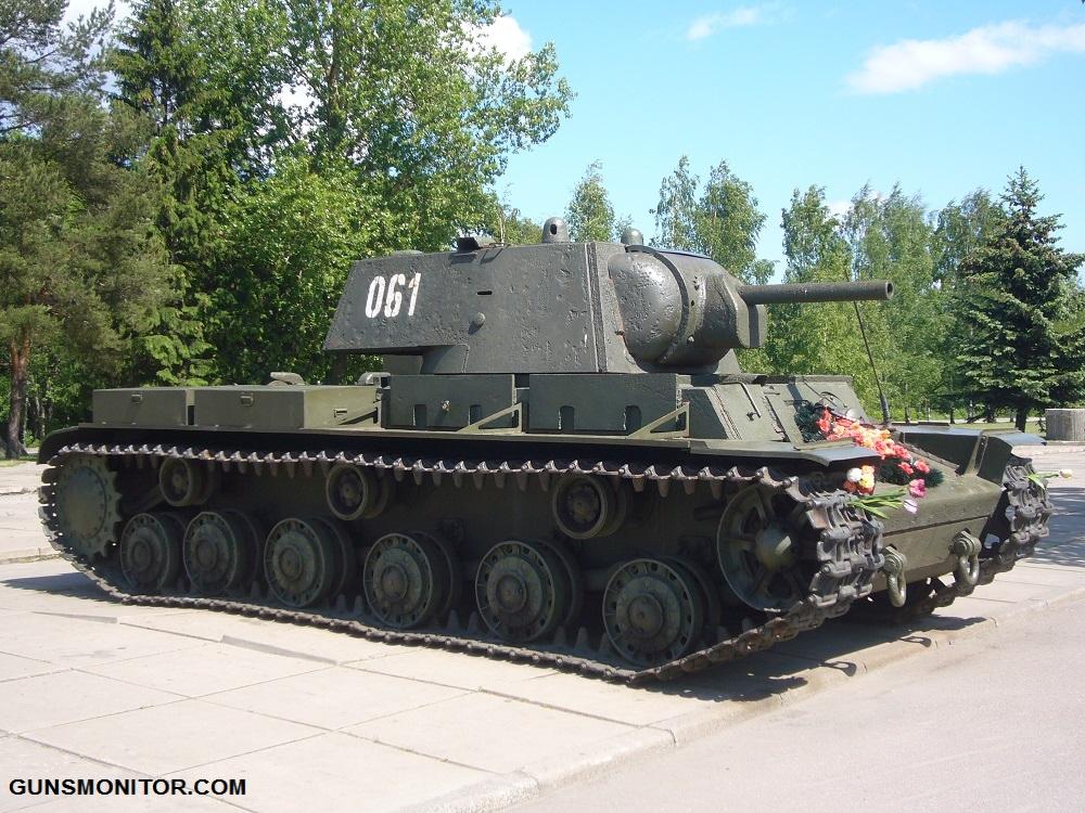 1576106712 742 دبابة SMK رو الروسية التي تم إنتاج آلة واحدة منها أكو وب