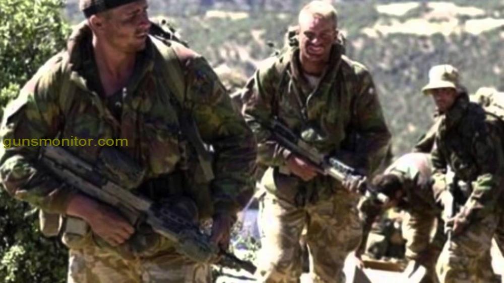 "12 ""width ="" 1000 ""height ="" 563 ""srcset ="" https://akooweb.com/wp-content/uploads/2019/12/1576624170_848_القوات-الخاصة-مراقب-الأسلحة-مجلة-الأسلحة-البصرية.jpg 1000w ، http: //www.gunsmonitor. com / wp-content / uploads / 2016/07 / 12-2-300x169.jpg 300w ، http://www.gunsmonitor.com/wp-content/uploads/2016/07/12-2-768x432.jpg 768w "" الأحجام = ""(الحد الأقصى للعرض: 1000 بكسل) 100 فولت ، 1000 بكسل"" /></p></noscript><p>تعمل فرقة العمل الخاصة التابعة للبحرية الأمريكية تحت رعاية قوات مشاة البحرية الأمريكية. يجب أن ينضم الجنود إلى 42 من ملابس السباحة في دقيقتين ، و 50 اعتصاما في دقيقتين ، و 1.5 ميل و 11 دقيقة من الركض. إذا تمكنوا من اجتياز هذه المرحلة بنجاح ، سيبدأ التدريب لهم</p><p><img class="
