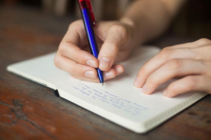 كتابة نصائح إيجابية للتعامل مع الاكتئاب المنزل