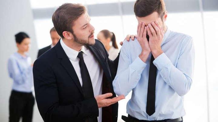 الانطواء المدراء وأصحاب العمل - الانقلاب