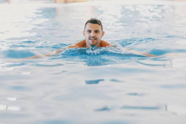 السباحة طريقة التخسيس