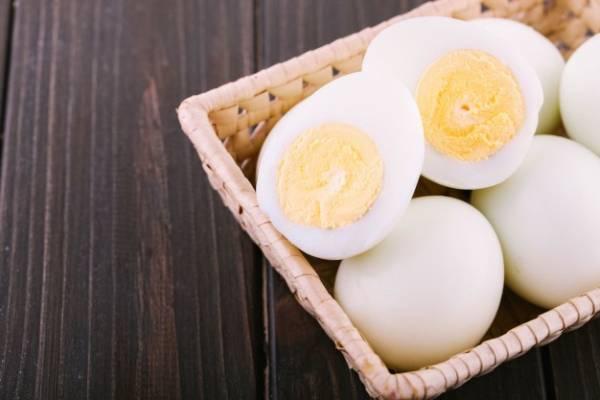 الكشف عن البيض الطازج
