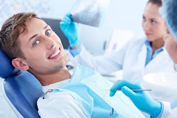 طبيب أسنان الجمال
