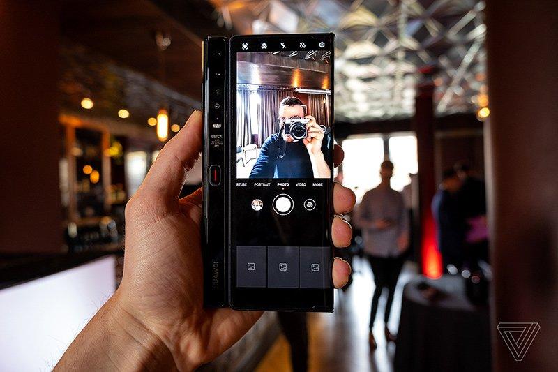 1582785847 409 تم تقديم هاتف Huawei Mate Xs بشاشة عرض أكثر قوة أكو وب