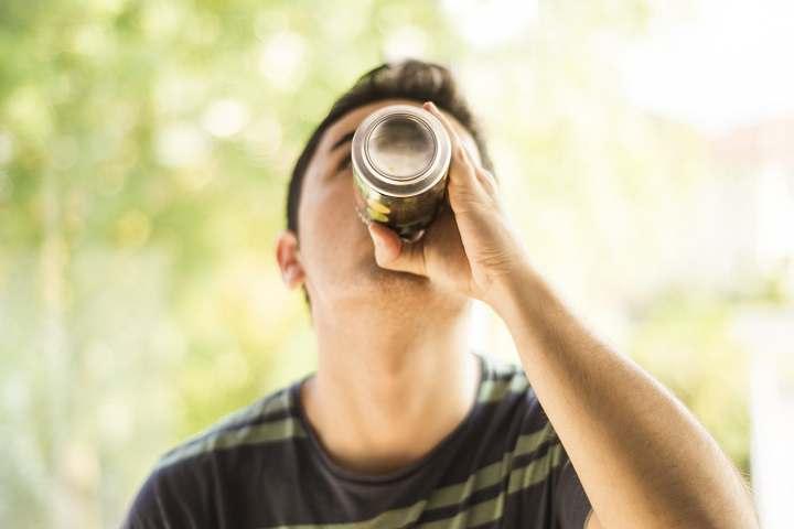 مشروبات الطاقة ضارة بالمراهقين