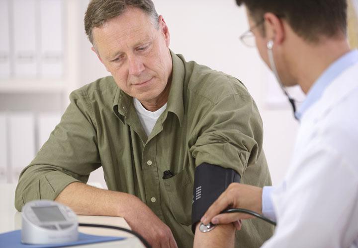 تأثير الكافيين على ضغط الدم