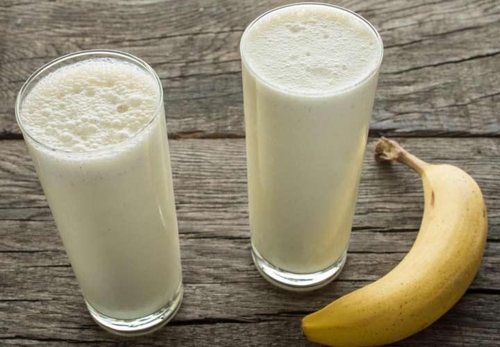 في اليوم الرابع من النظام الغذائي المعدّل وراثيًا ، يجب تناول الموز والحليب فقط.