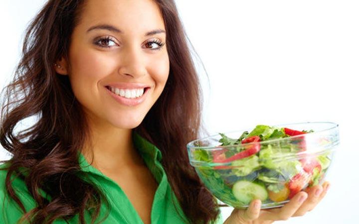هناك أطعمة يمكن استخدامها لمحاربة حب الشباب - منع حب الشباب