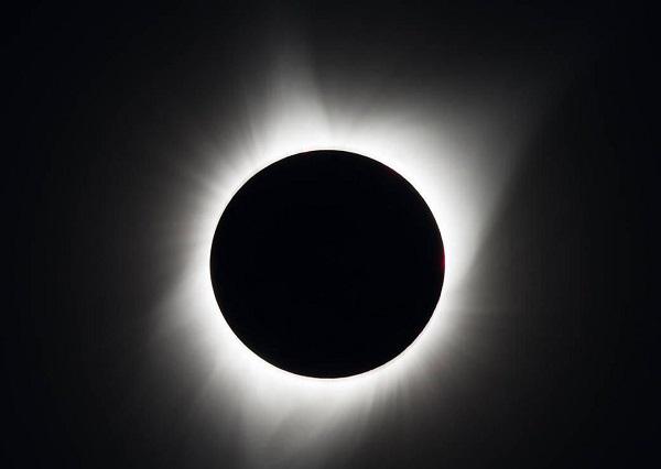 كسوف الشمس في يوليو 99