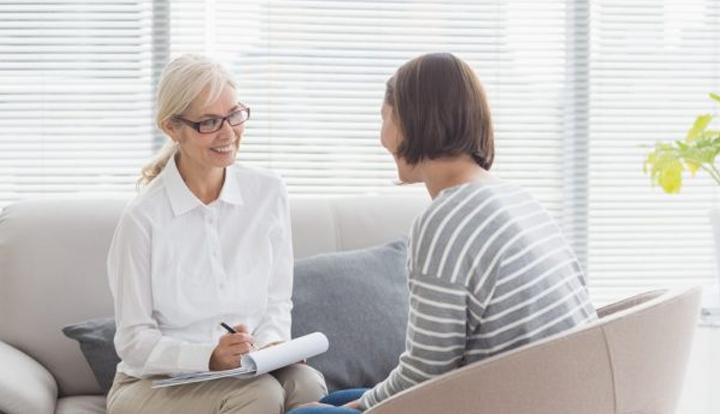 التشاور مع معالج - كتاب العلاج النفسي الوجودي