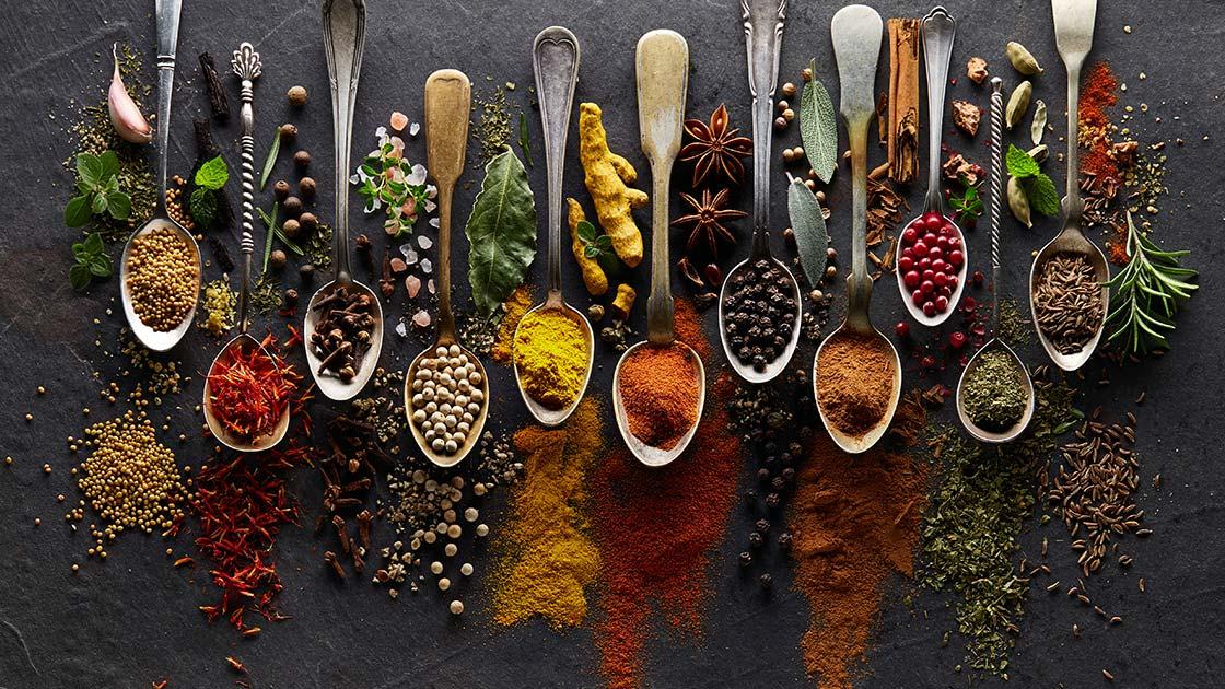 12 نصيحة علمية أخرى حول الصحة- استخدم الكثير من الأعشاب والتوابل