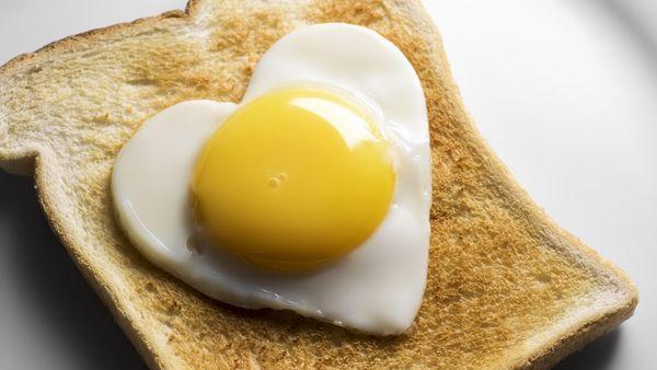 12 نصيحة علمية أخرى حول الصحة- أكل بيضة و لا تتخلص من صفارها