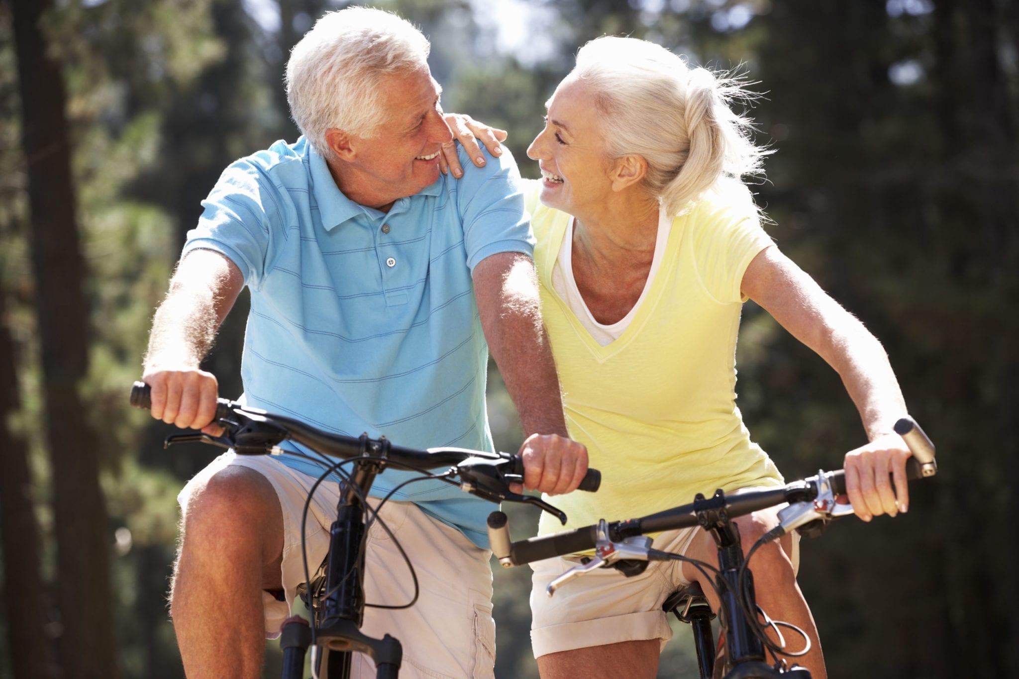 15 نصيحة علمية حول الصحة- مارس تمارين الأيروبكس أو المشي قليلاً