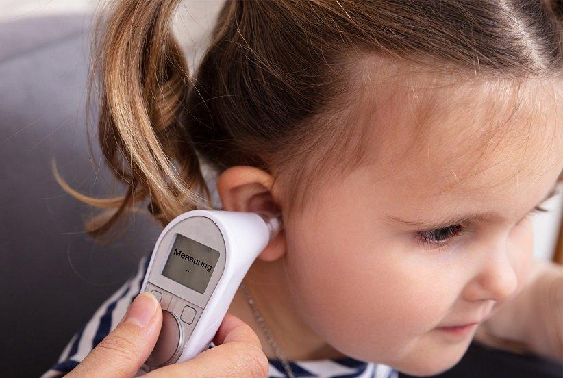 قياس درجة حرارة الجسم الطبيعية للأطفال