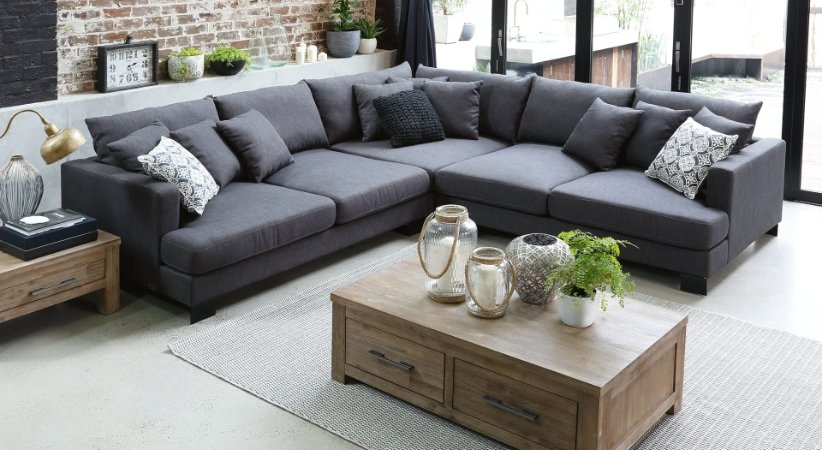 أريكة رمادية