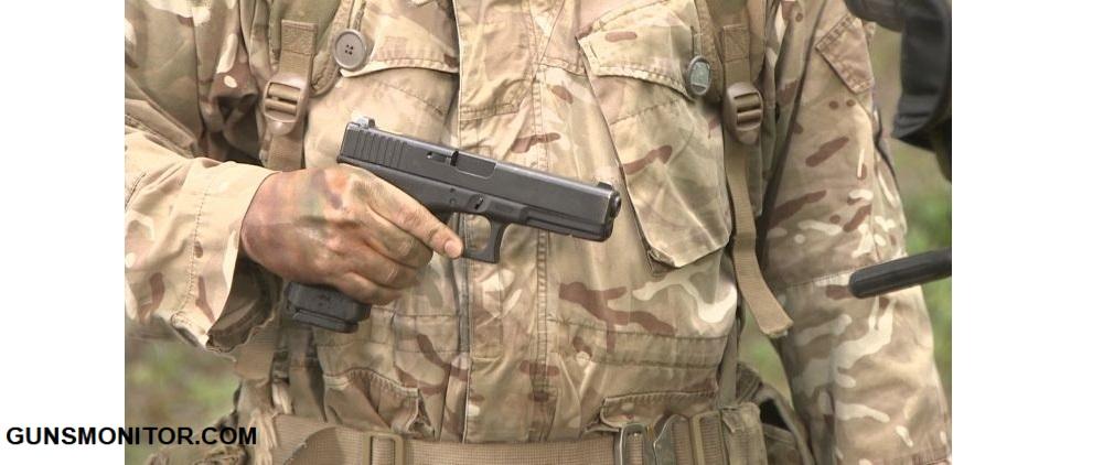 1609760883 582 بضع دقائق في Wiltshire Sniper Camp أكو وب