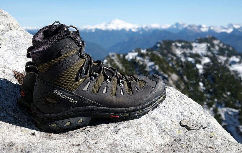 أحذية تسلق الجبال والمشي لمسافات طويلة
