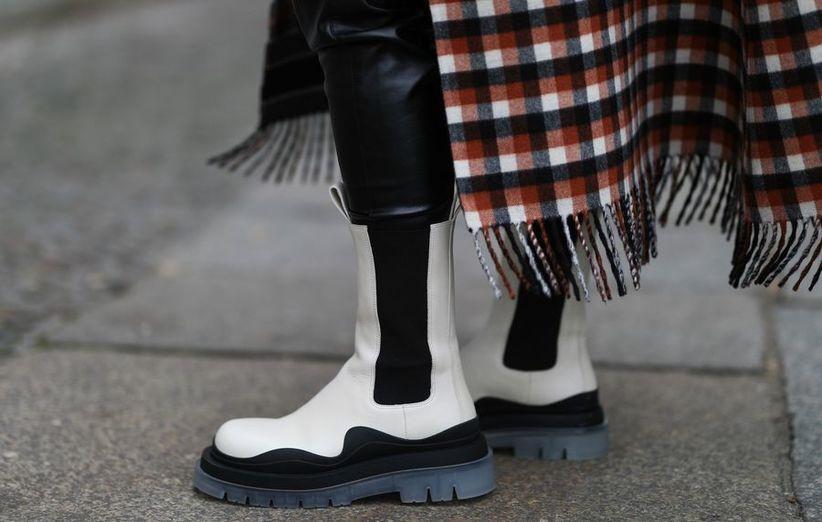 اشترِ أحذية الشتاء في أواخر الشتاء أو أوائل الربيع