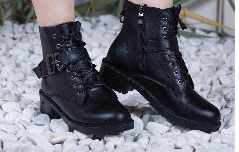 لا تضحي أبدًا بجودة أحذية الشتاء مقابل المال