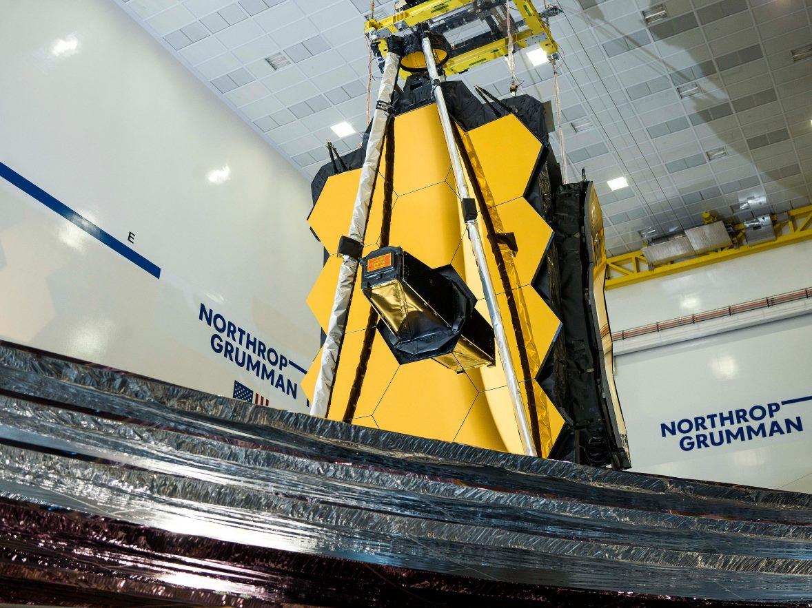 تلسكوب جيمس ويب الفضائي Sunshield تم نشره بالكامل