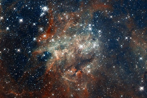اكتشف عنقود نجمي جديد في مجرة درب التبانة