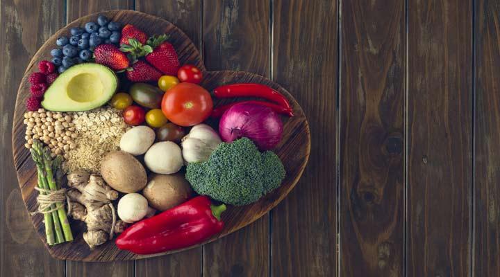 تناول العشاء قبل الساعة 7 صباحًا يساعد على صحة القلب