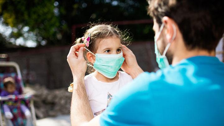 دور الوالدين في رعاية الطفل في ضغوط الشريان التاجي