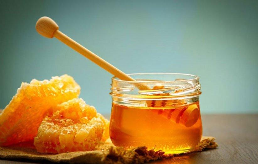 علاج الالتهاب والتهاب الحلق بالعسل
