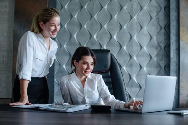 السعادة في مكان العمل