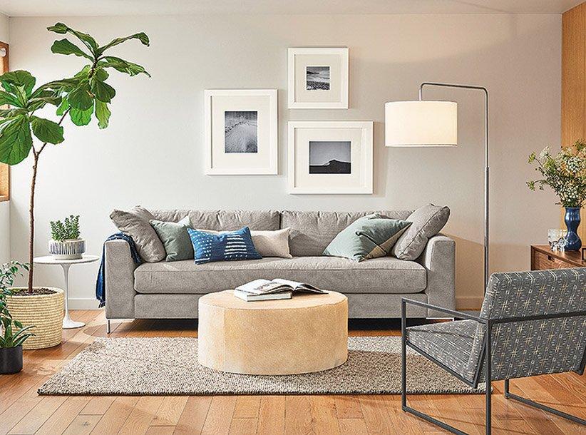عمل فني في تصميم غرفة معيشة صغيرة