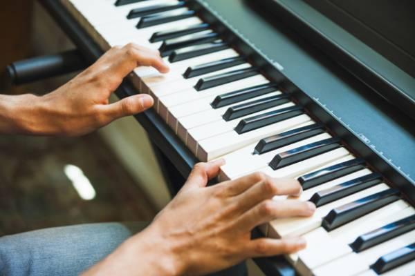تمرين البيانو