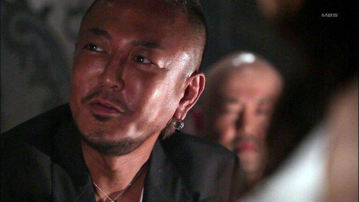 يعود توشيهيرو ناجوشي ، مبتكر سلسلة Yakuza ، لإخراج المسلسل أكو وب