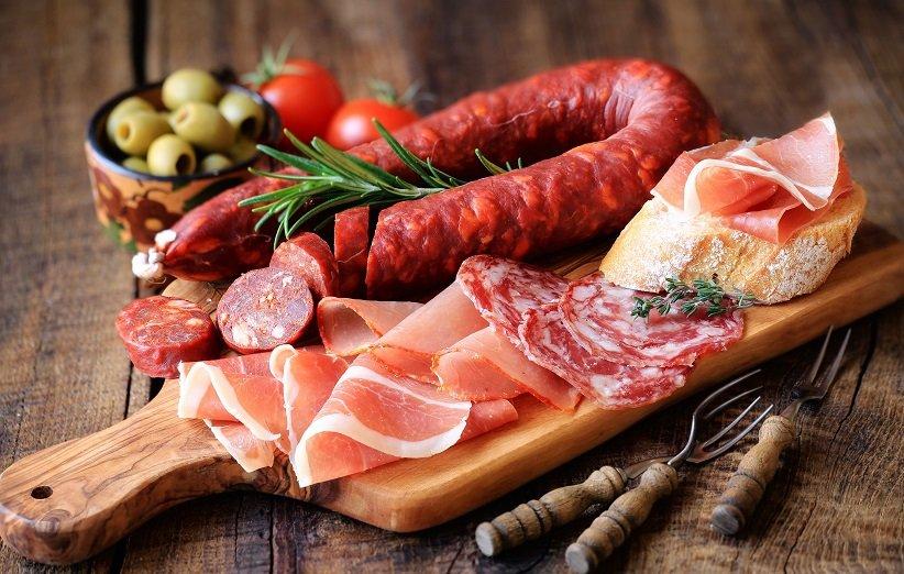 اللحوم المصنعة