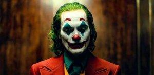 واكين فينيكس في فيلم The Joker