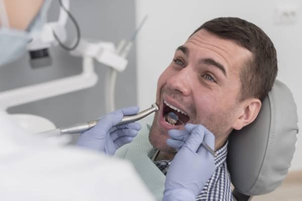 سحب الأسنان