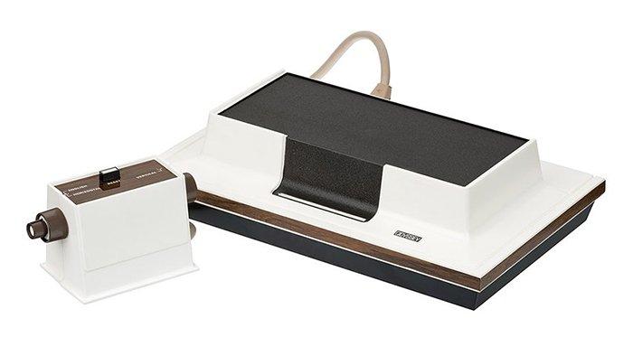 وحدة تحكم لعبة Magnavox Odyssey
