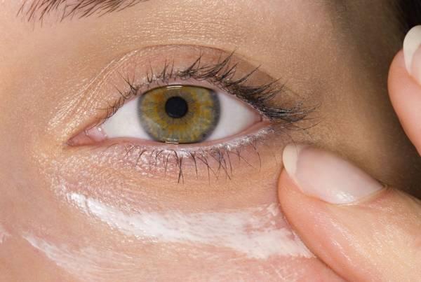الاستخدام الخاطئ لكريم العين