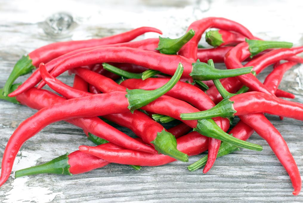 27 نوع من الأطعمة التي تعمل على حرق الدهون لإنقاص الوزن والبقاء بصحة جيدة- فلفل حار