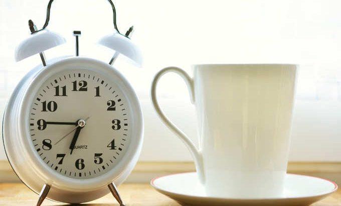 سترى النجاح عندما تفعل هذه الأشياء الثمانية قبل الساعة 8 صباحًا