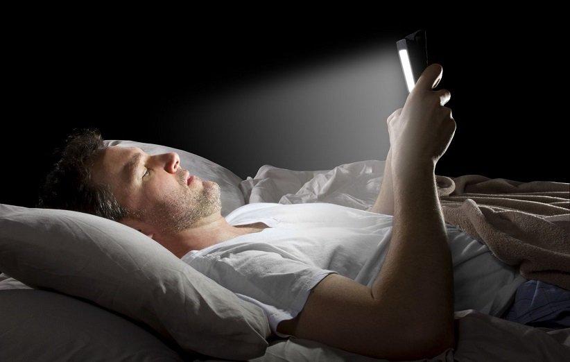 تجنب الضوء عند النوم