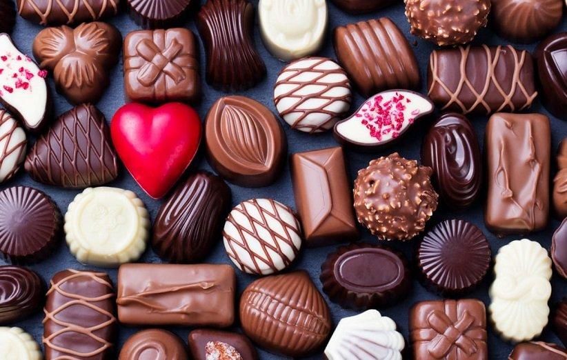الشوكولاتة غير ضارة بالجلد