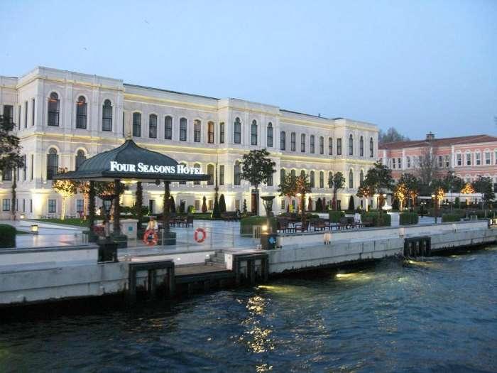 فندق فور سيزونز في اسطنبول