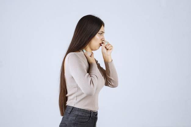 التهاب الحلق والسعال المستمر