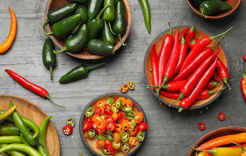 الأطعمة الحارة المضرة بالتسمم الغذائي