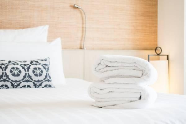 تنظيف السرير
