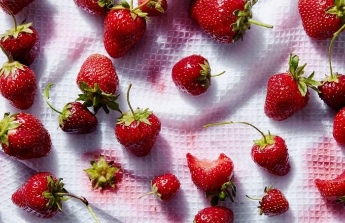 التخلص من بقع الفاكهة